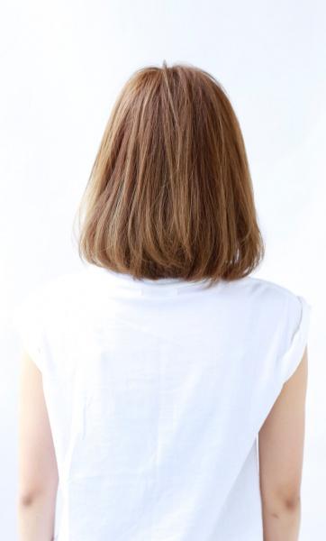 顔まわりで魅了流し目前髪 小顔ふんわりワンカールボブ (TT-2)